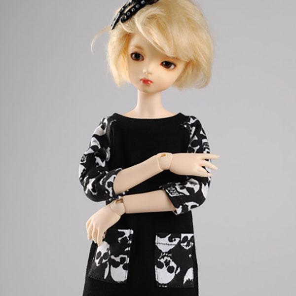 Dollmore Kid MSD Maronnier Tunic Black Skull Print Outfit