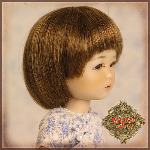 RubyRed Galleria Size 5/6 Ten Ping Brown Bobbed Wig