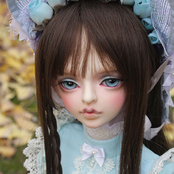 DollLeaves SD Grown Up Amara