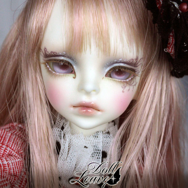 IN STOCK DOLLS-Doll Leaves