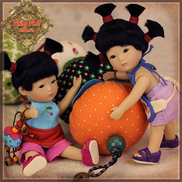Ten Ping & Family Dolls