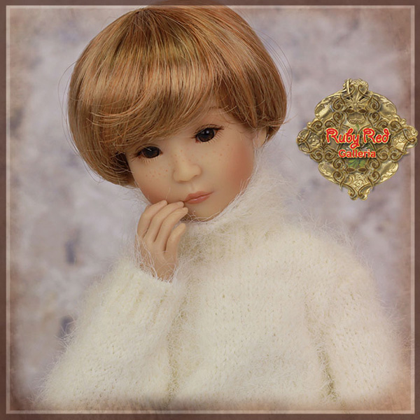 """ruby red galleria 12"""" white sweater wc0060A"""