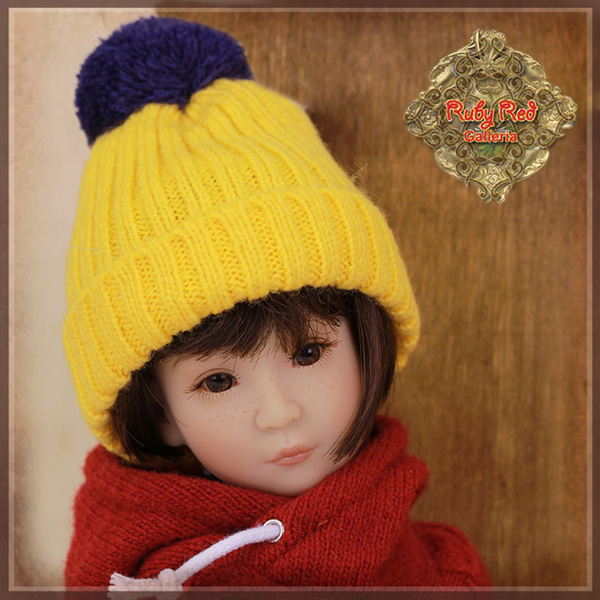 "ruby red galleria 12"" beanie wz0002A"