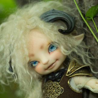 In Stock Realfee: Dolls