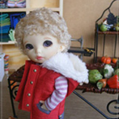 anydoll small quilted red