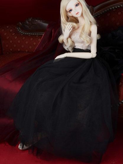 dollmore model elisa black skirt