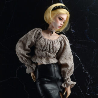 dollmore sd model peasant blouse beige
